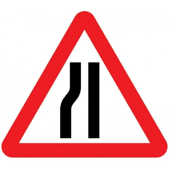 600mm Road Narrows Near Side Sign